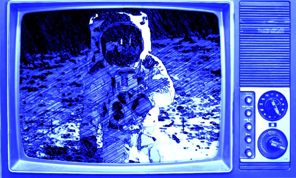 I 50 anni dell'allunaggio: la Luna nelle serie tv